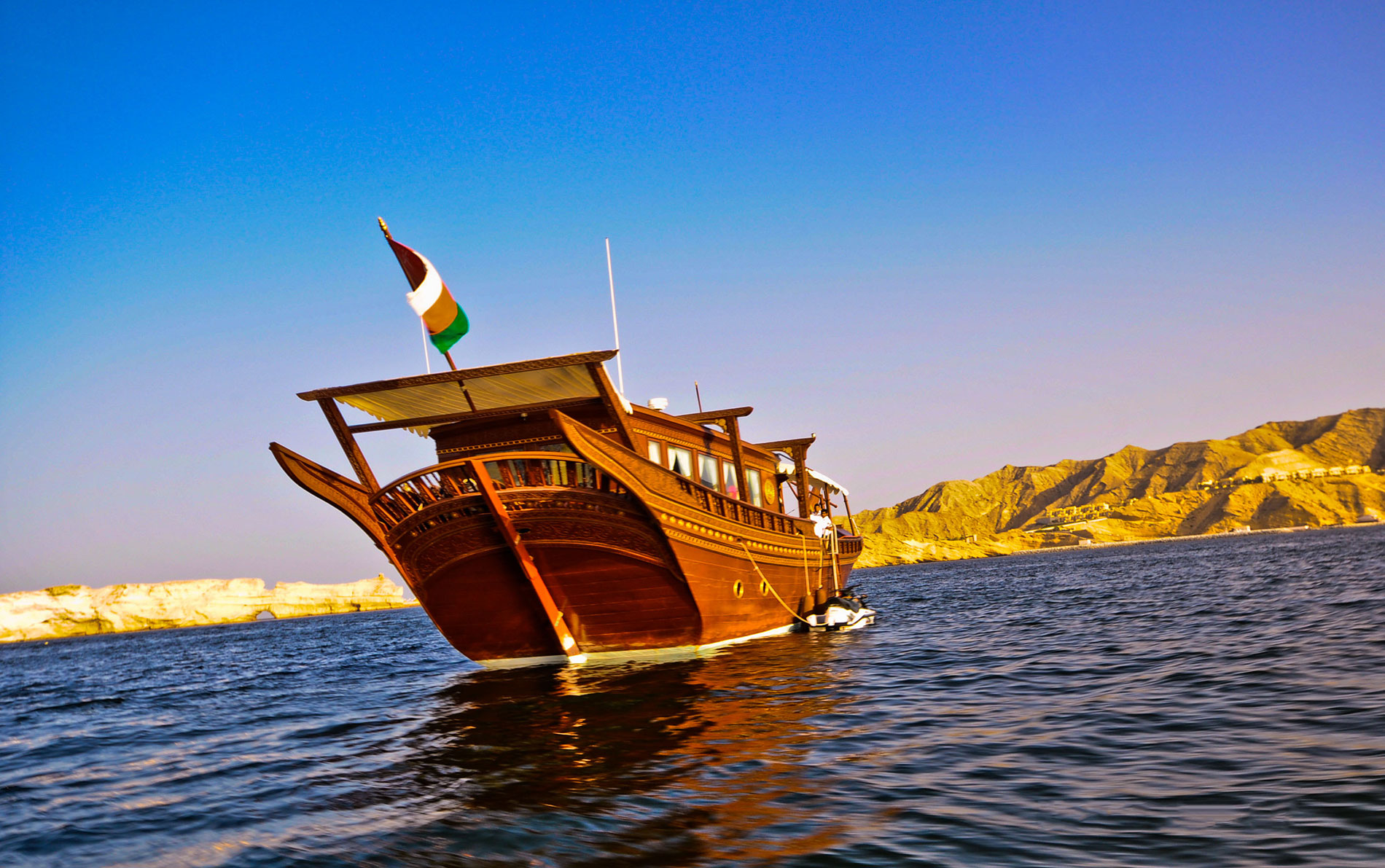 Traditional-Fishing-Boat