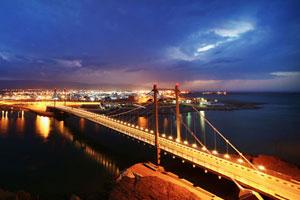 Oman Bridge, Sur
