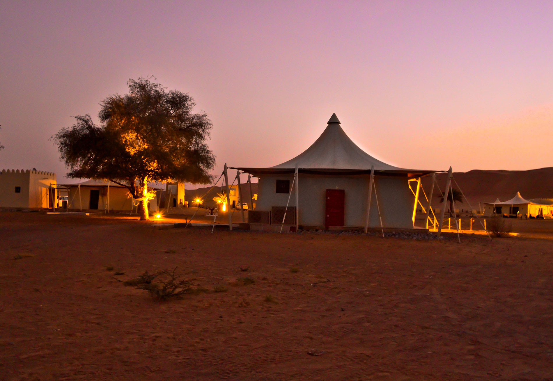 Desert-Night-Camp-at-Wahiba-Sands